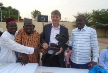 Boké: « C'est notre responsabilité de penser aux personnes handicapées…» (Ambassadeur des USA en Guinée)
