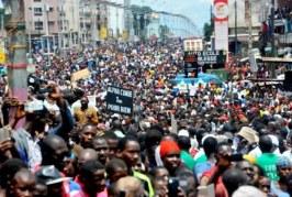 Des enfants dans les manifs de rues : peut-on accuser l'opposition ?