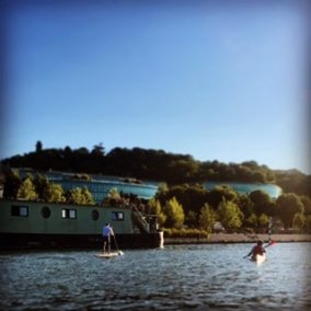 Team Building kayak