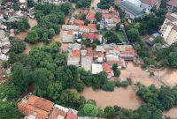 PLN Padamkan Listrik Sejumlah Titik di Jabodetabek Terdampak Banjir