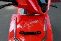 Lelang Motor Listrik Bertandatangan Jokowi Terjual Rp2,5 Miliar