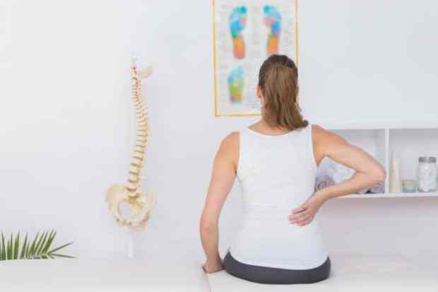 punggung sakit saat bernapas