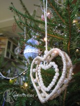 Сердце - не только атрибут дня всех влюбленных, но и украшение на елку