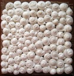 Вспененный латекс отлично подходит для массажных ковриков
