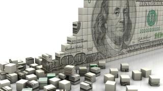 お金が崩れる画像