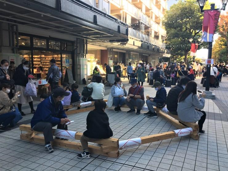 ゆりの木クリスマスフェスタ(木の椅子)