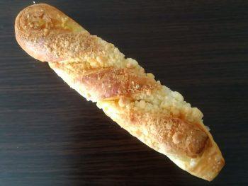 袋パン・チーズケーキデニッシュ(山崎製パン)
