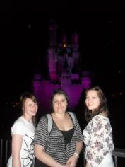 3 girls at Disneyland
