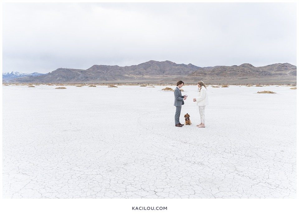 utah elopement photographer kaci lou photography bonneville salt flats sneak peek photos for kylie and max-52.jpg