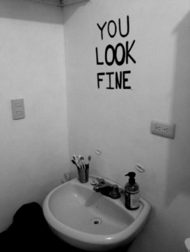 mirrorwall
