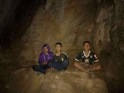 Thai boys meditating