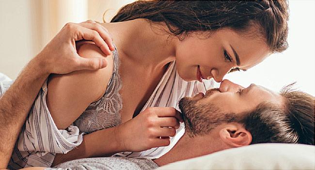 सेक्सको बेला महिलाहरुले किन आवाज निकाल्छन् त हेरौं एक तथ्य