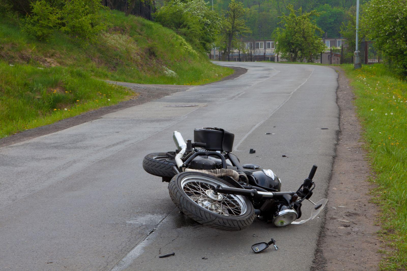 नारायणगढ–मुग्लिन सडकखण्डमा मोटरसाइकल दुर्घटना १ जनाको मृत्यु १ जना गम्भीर घाइते