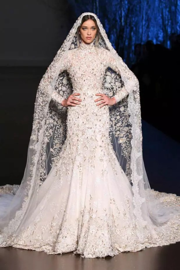 Ralph-and-Russo-Autumn-Winter-2015-2016-wedding-dress-44