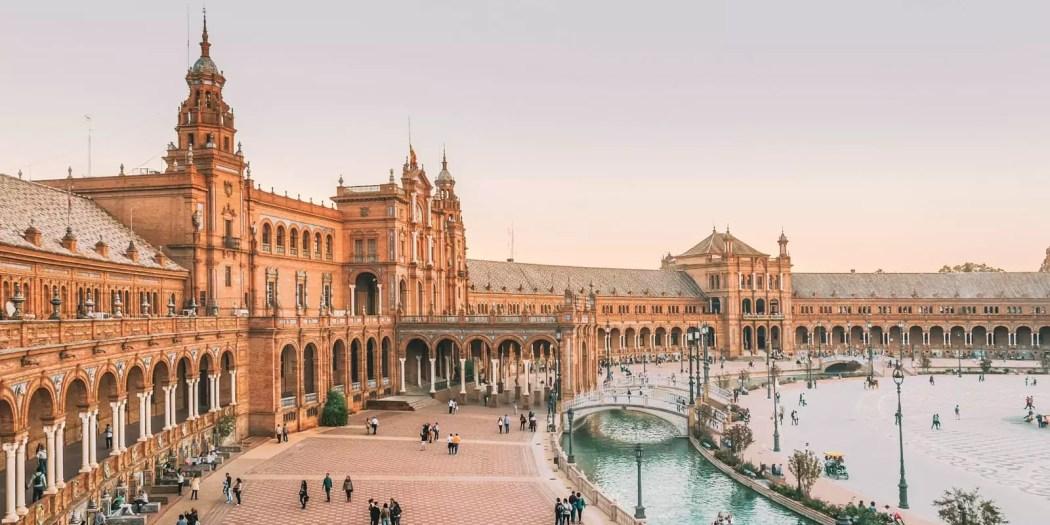 Sevilla gezilecek yerler