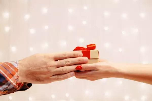 sevgililer günü için kadınlara