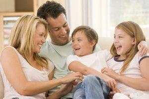 Gunumuzde Aile Yasami Cocuk Gelisimi Toplum