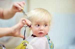 Bebek Saçı Nasıl Kesilir?