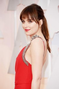 best-oscar-academy-award-beauty-dakota-johnson