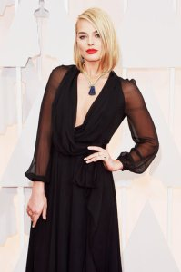 best-oscar-academy-award-beauty-margot-robbie