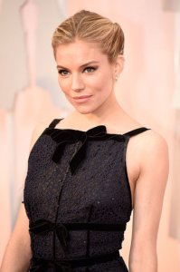 best-oscar-academy-award-beauty-sienna-miller