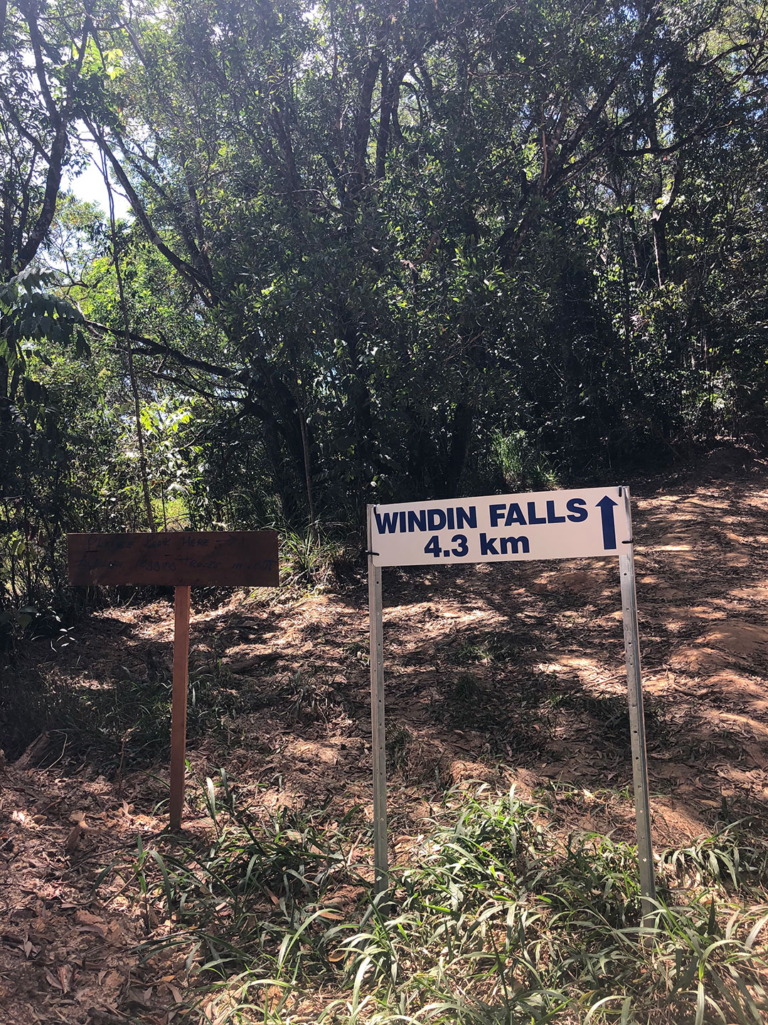 Sign To Windin Falls