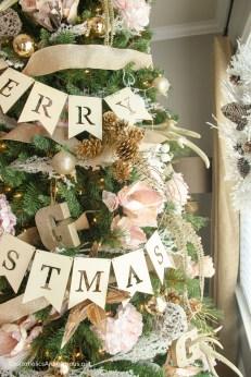 floral-christmas-tree2