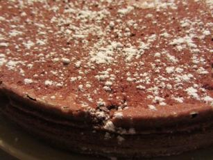 Gâteau au chocolat bon mais raté :p