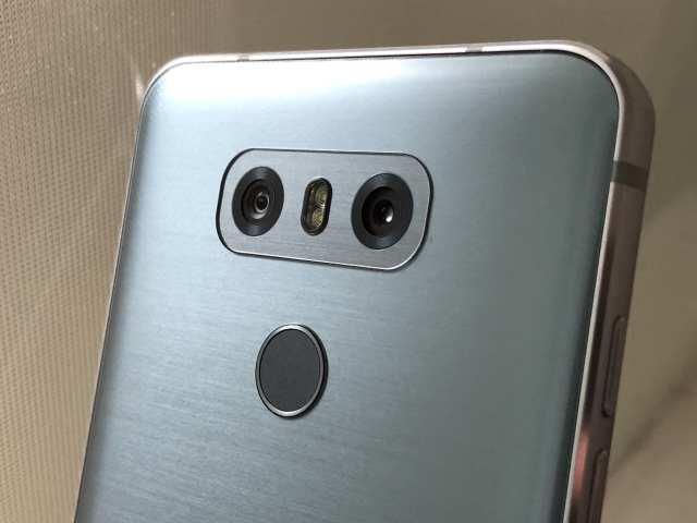 กล้องคู่ของ LG เป็นแบบเลนส์ปกติคู่เลนส์ Ultrawide