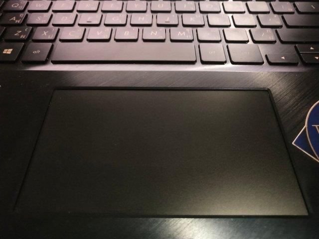ScreenPad ทัชแพดขนาดใหญ่ ที่ทำหน้าที่เป็นจอสัมผัสขนาดเล็กไปในตัว