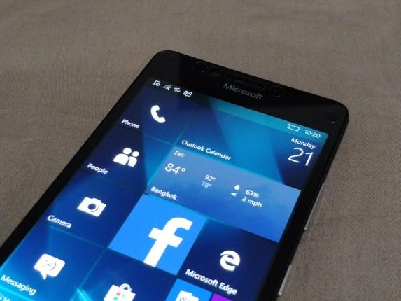 แพอย่างเป็นทางการ Microsoft ยุติการอัพเดตและสนับสนุน Windows 10 Mobile เดือนธันวาคมนี้ 3