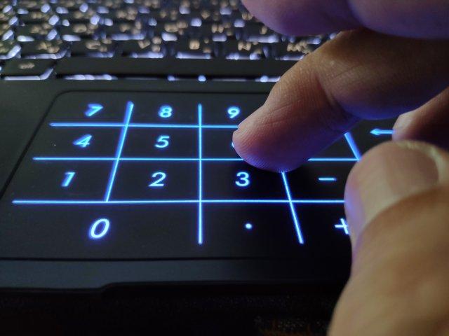 รีวิว ASUS ZenBook 14 UX433 โน้ตบุ๊กจอ 14 นิ้ว บาง เบา และมีการ์ดจอแยก 14