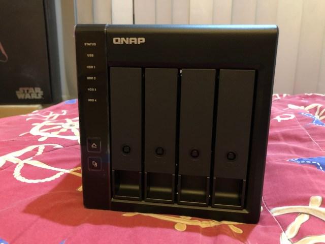QNAP TR-004 ด้านหน้า