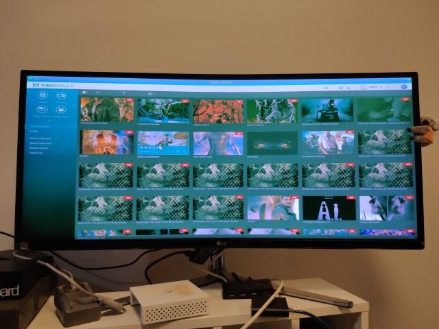 ภาพหน้าจอคอมพิวเตอร์ กำลังแสดงผลโปรแกรม Video Station 5 ของ QNAP NAS