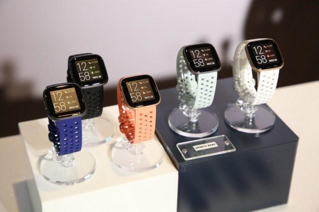 นาฬิกาอัจฉริยะ Fitbit สาย Sport Band 5 เรือน