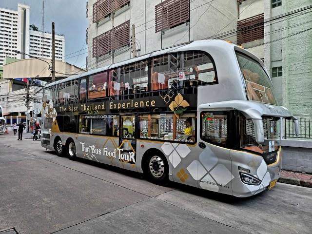 รถบัสให้บริการ Thai Bus Food Tour