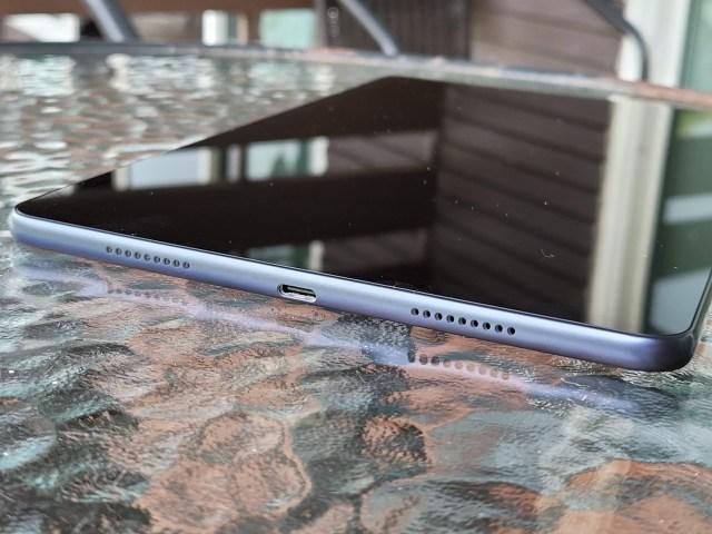 "Huawei MatePad 10.4"" ด้านล่าง"