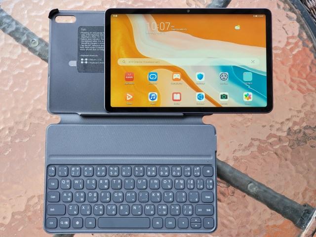 "Huawei MatePad 10.4"" และ Smart Keyboard"