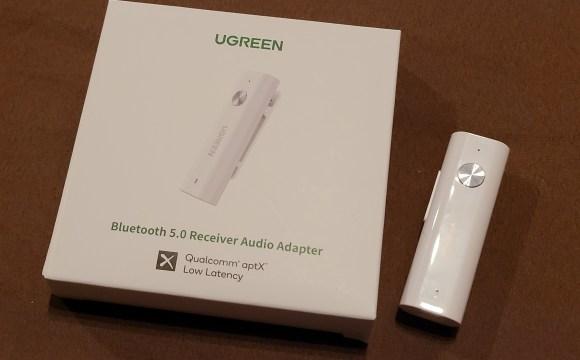 ตัว UGREEN Bluetooth 5.0 Receiver Audio Adapter CM110 พร้อมกล่องใส่