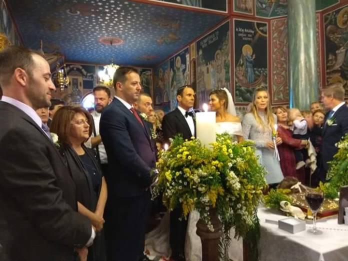 Γάμος Μαρίας Μενούνος – Bίντεο & Φωτογραφίες από το τραπέζι στο Δημοτικό Σχολείο