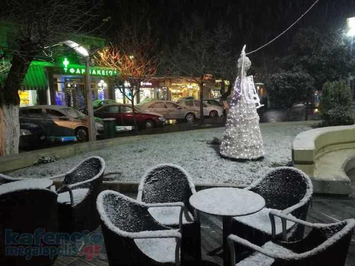 Χιονόπτωση στην Μεγαλόπολη – Η κατάσταση των δρόμων