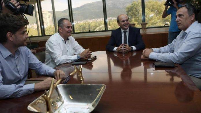 Συνάντηση Χατζηδάκη με το προεδρείο της ΓΕΝΟΠ ΔΕΗ