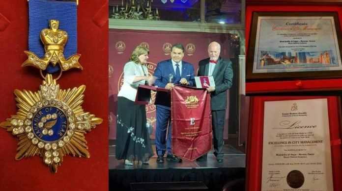 Τα αγορασμένα «βραβεία ματαιοδοξίας» του δημάρχου Άργους-Μυκηνών