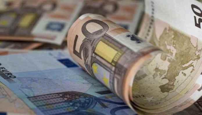 Πώς θα καταβληθεί η αποζημίωση των 800 ευρώ