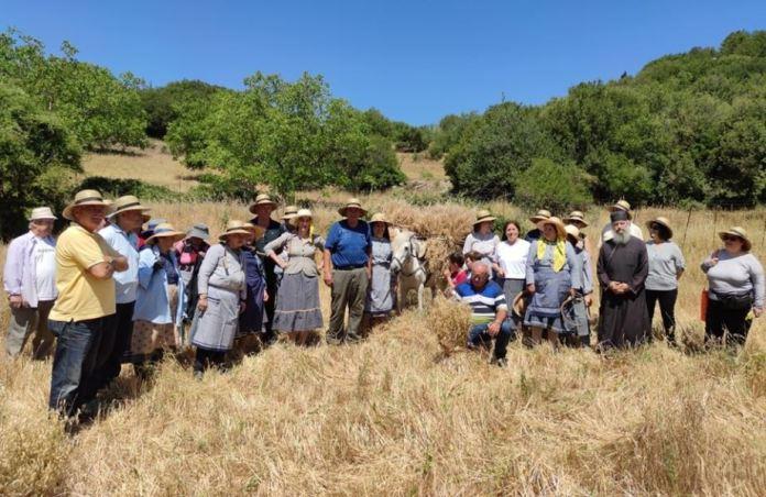 Αναβίωση του εθίμου του θέρου στο Δυρράχι (photo)
