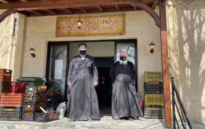 Παραδόθηκε η ανθρωπιστική βοήθεια στην Ελασσόνα από την Μητρόπολη Γόρτυνος και Μεγαλοπόλεως