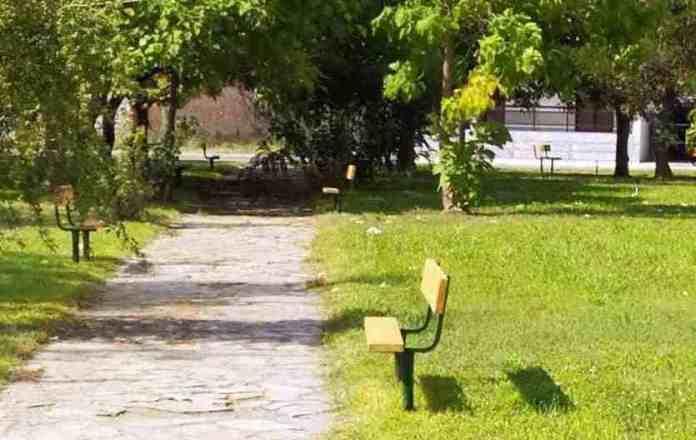 Δήμος Μεγαλόπολης: Ανακατασκευή στα Παγκάκια του Άλσους στο Κέντρο Υγείας