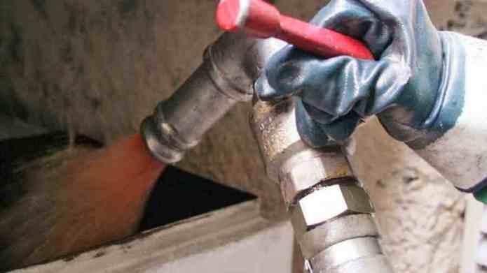 Πρεμιέρα για το πετρέλαιο θέρμανσης – Στα 1,14 ευρώ το λίτρο στα αστικά κέντρα – Τι γίνεται με το επίδομα