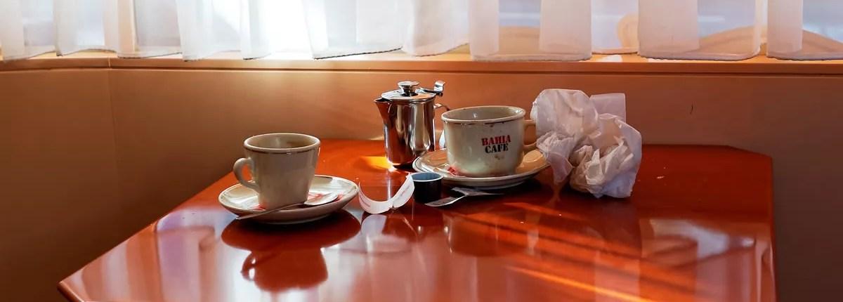 Auf zum Kaffeeklatsch in den Supermarkt oder mit der Latte zur Wurst?