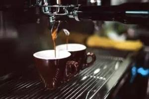 Espresso aus der Siebträger-Maschine